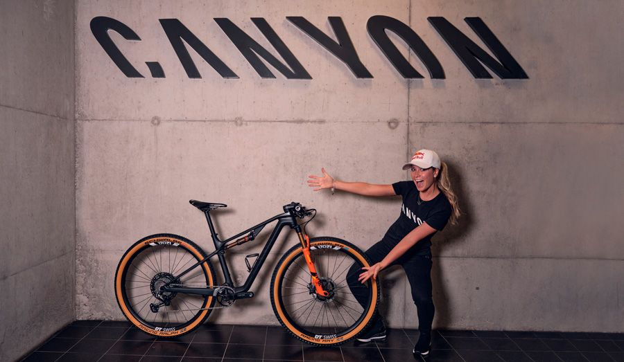 Emily Batty joins Canyon